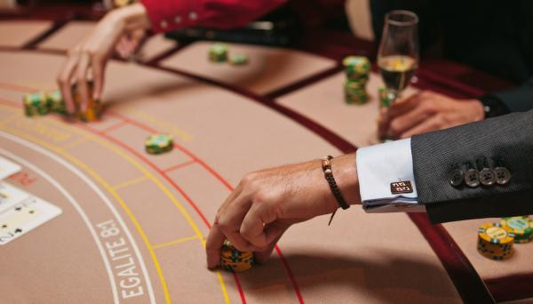 baccarat_touch